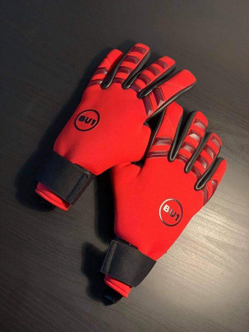 Brankářské fotbalové rukavice BU1 Neo Red